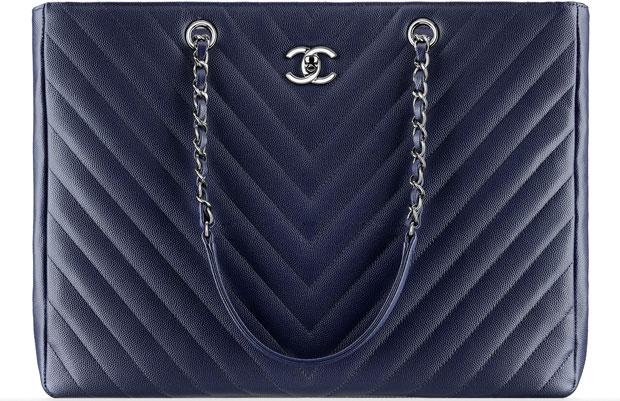 Chanel tassen ss 2016 shopping bag chevron caviar blue