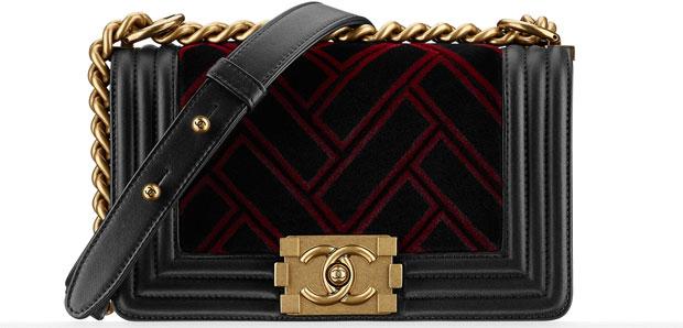 Chanel small Boy bag Velvet black red