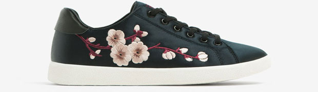 Uterqüe satin embroided sneakers
