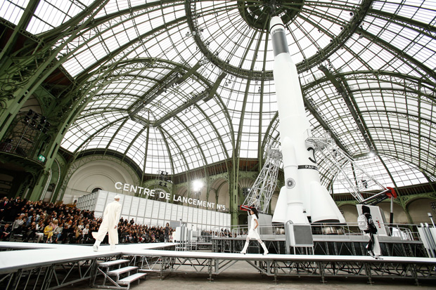 Chanel fall winter 2017 runway rocket
