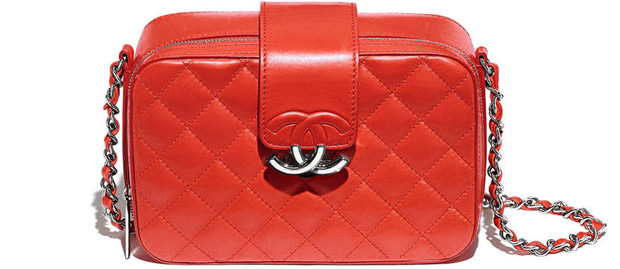 Chanel spring summer 2017 camera bag red
