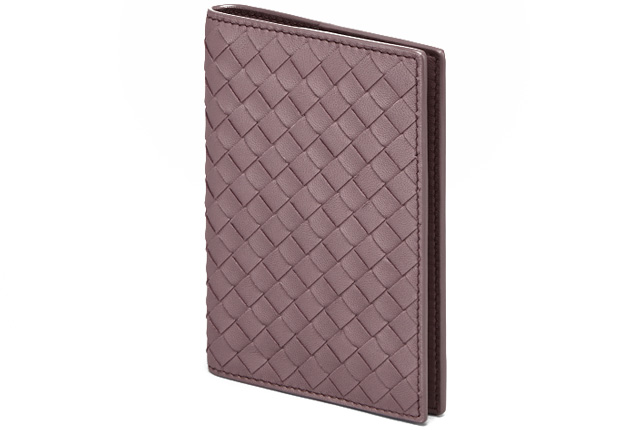 Bottega Veneta Glicine intrecciato nappa passport holder