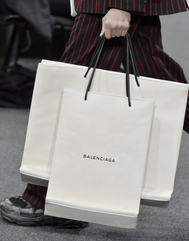 Balenciaga leather shopping bag bag white