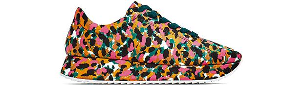 Zara sneakers Camo satijn