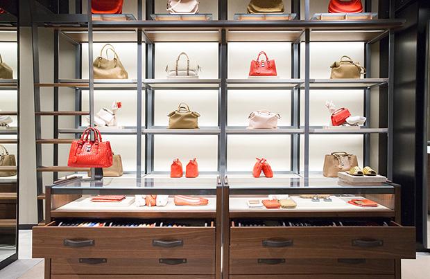 Schiphol shops Bottega Veneta