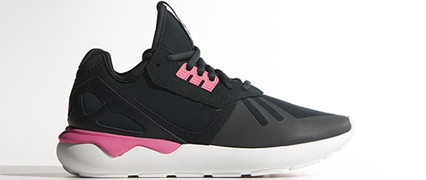 Adidas Tubular runner black pink
