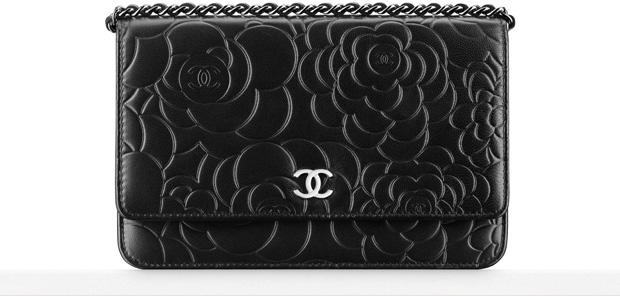 Chanel WOC camelia black