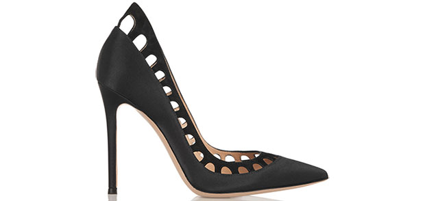 gianvito-rossi-cutout-suede-pumps